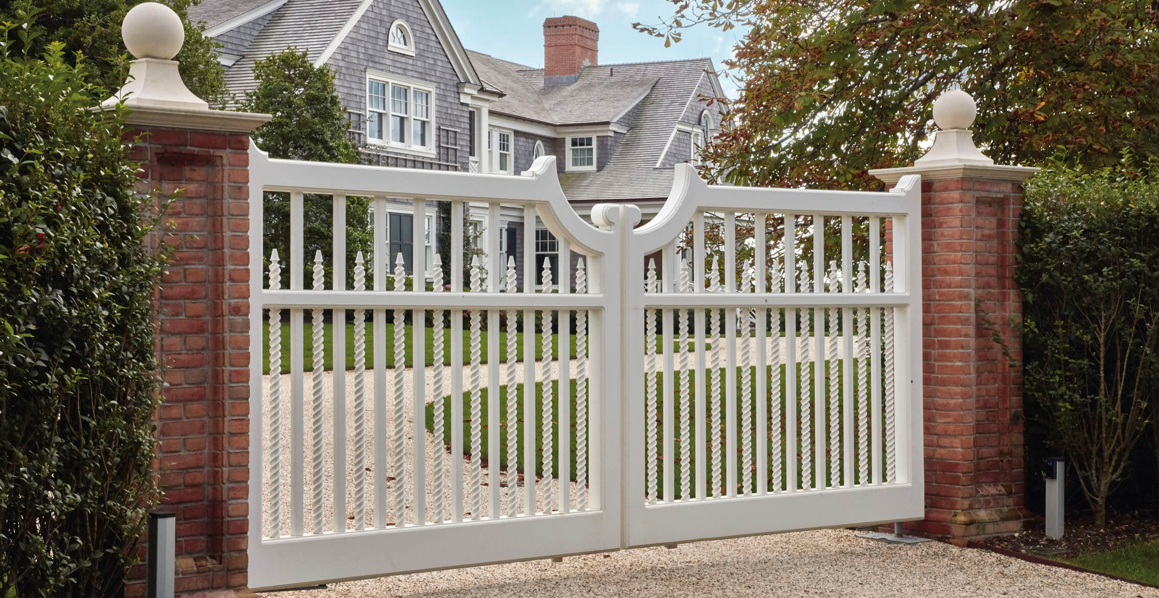 Simple Gate Designs For Small Houses