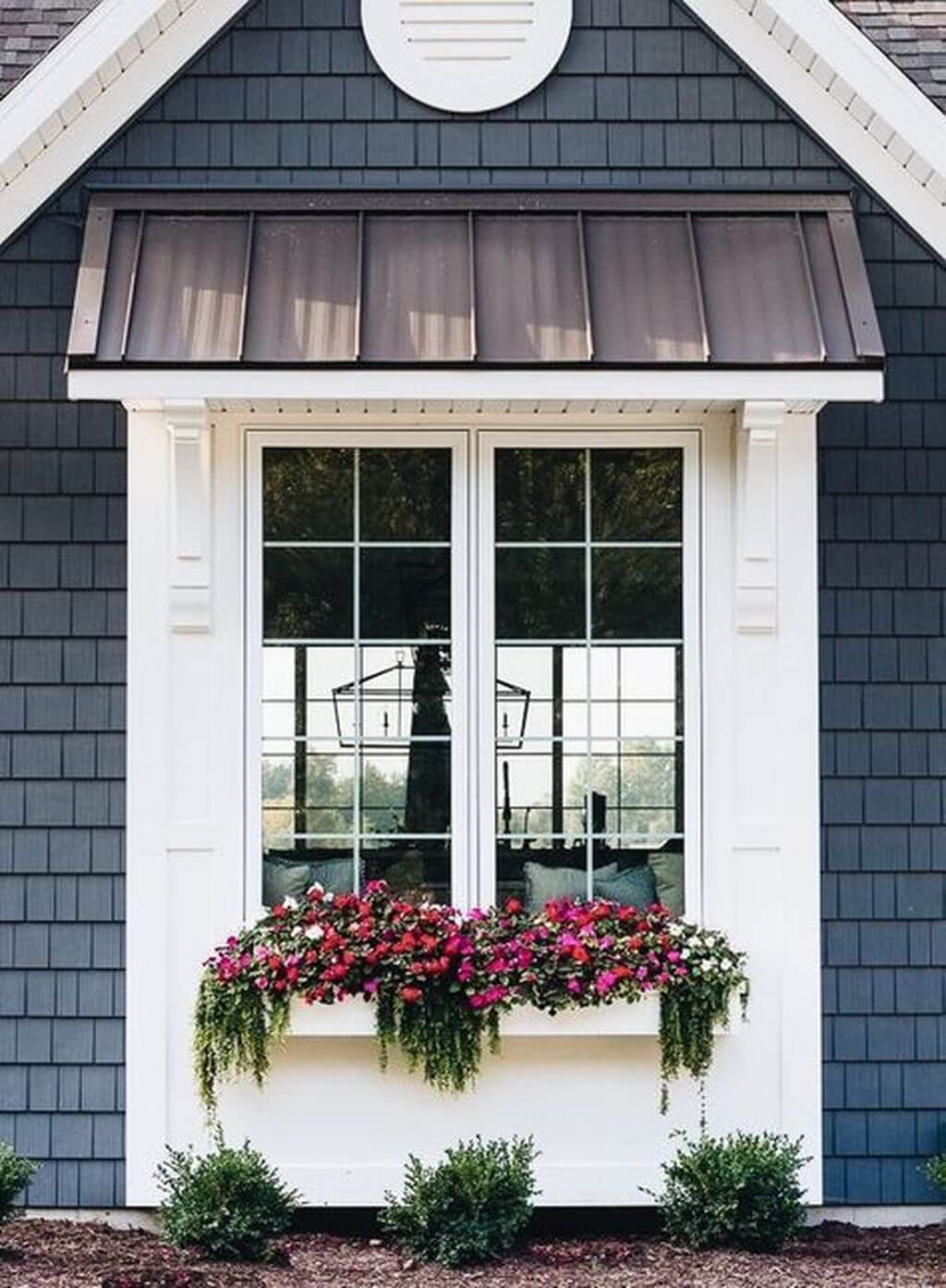 12 Exterior Window Trim Ideas For An Attractive Look